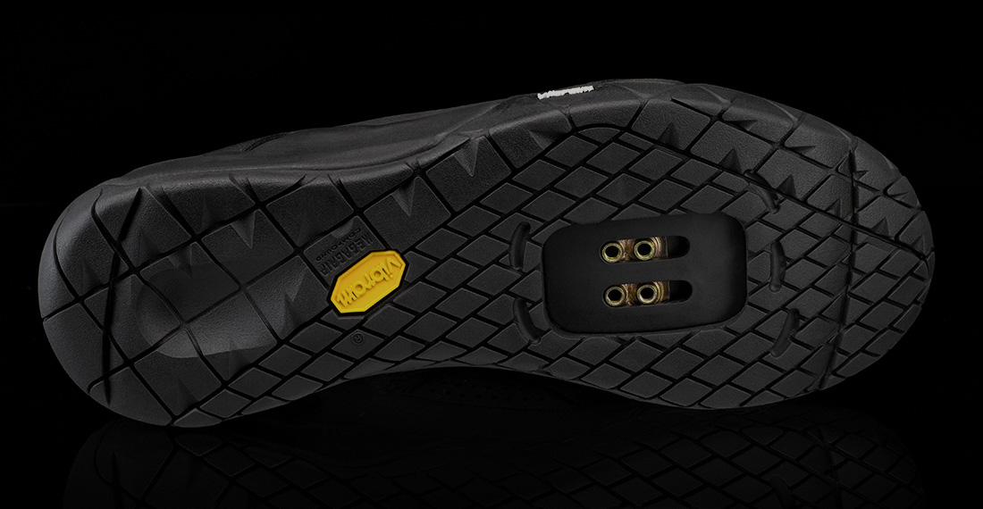 https://www.dmtcycling.com/assets/img/collection2018/suole/vibram-s188.jpg